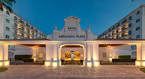 H10 andaluc a plaza hotel in m laga puerto ban s h10 - Hotel h10 andalucia plaza marbella ...