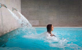 Dynamic jet pool, Despacio Spa Centre