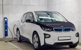 Punto de recarga para vehículos eléctricos (también Tesla)