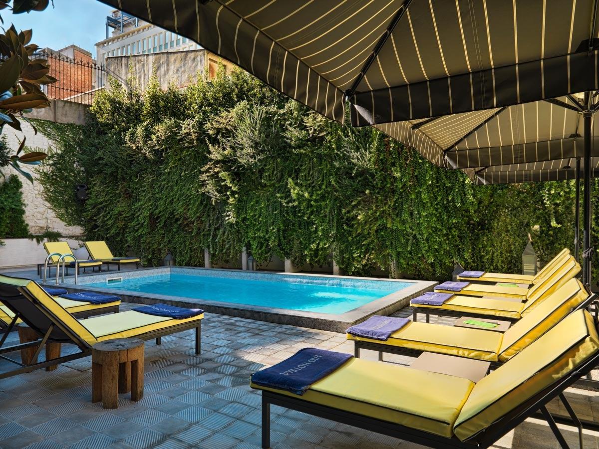 H10 metropolitan photos and videos h10 hotels for Piscina barcelona