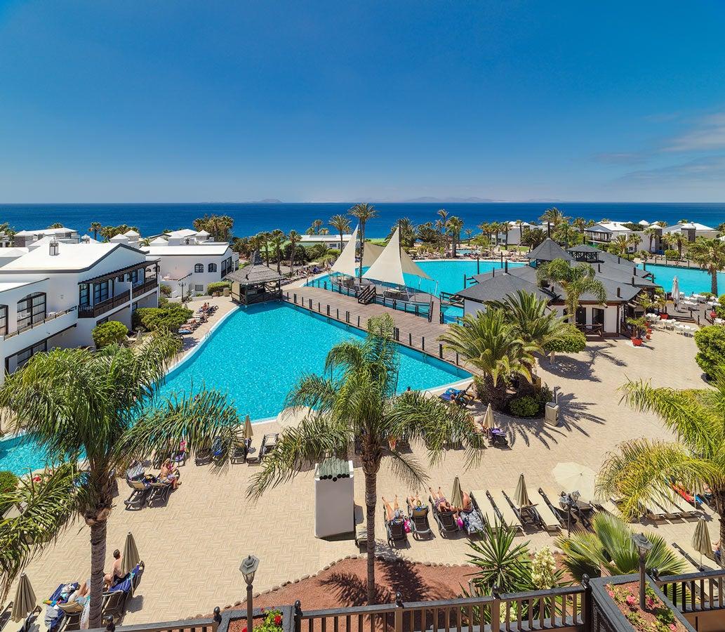 H10 rubic n palace hotel en lanzarote playa blanca for Follando en la piscina del hotel