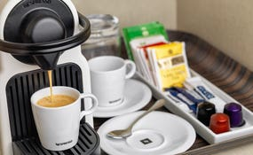 Кофеварка Nespresso в номере
