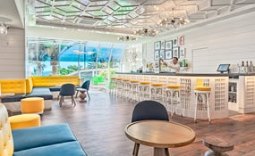 Lobby Bar (NEUF!)