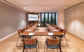 Guinovart meeting room.