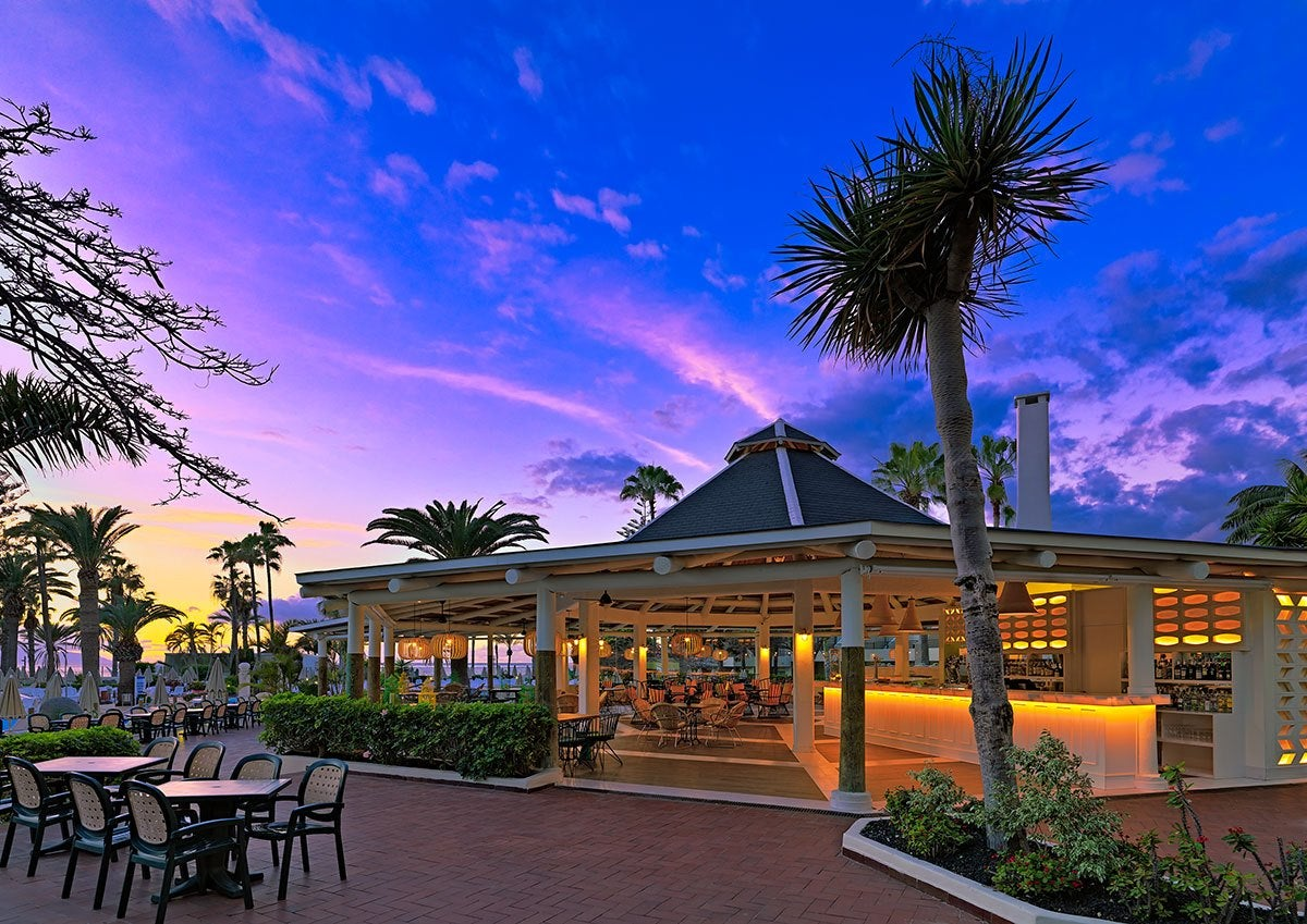 H10 las palmeras photos and videos h10 hotels for Hotels genes