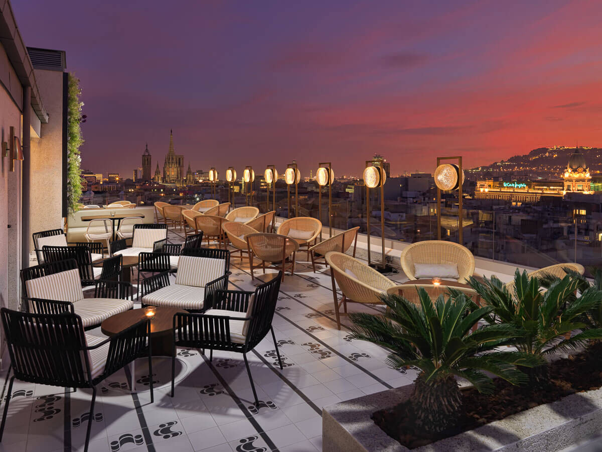 H10 cubik photos and videos h10 hotels for Terraza bar
