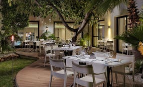 Privilege outdoor terrace Cordoba Restaurant