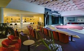 Salón Río Bar