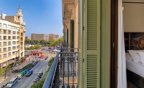 Blick auf die Rambla Catalunya und Plaza Catalunya vom Zimmer aus