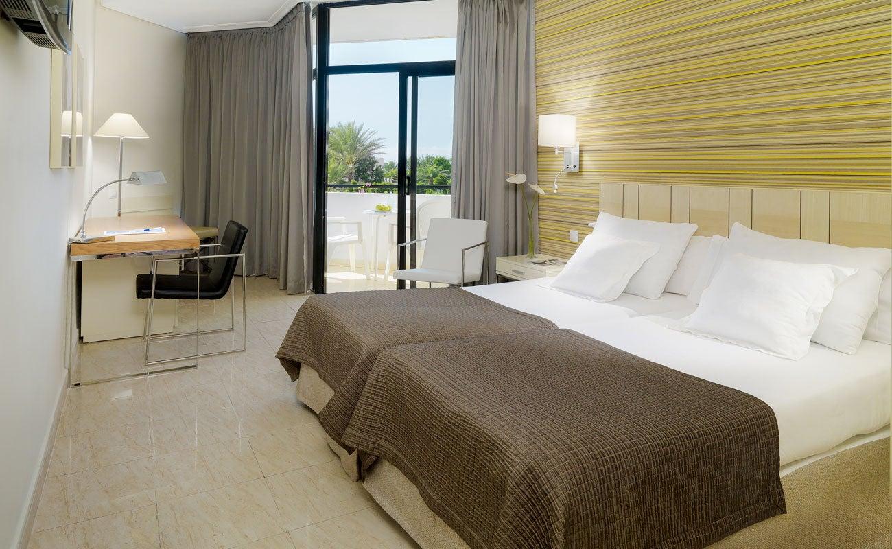 H10 conquistador hotel in playa de las am ricas h10 hotels for Hotels genes