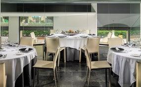 Restaurante Mediterrani montaje banquete
