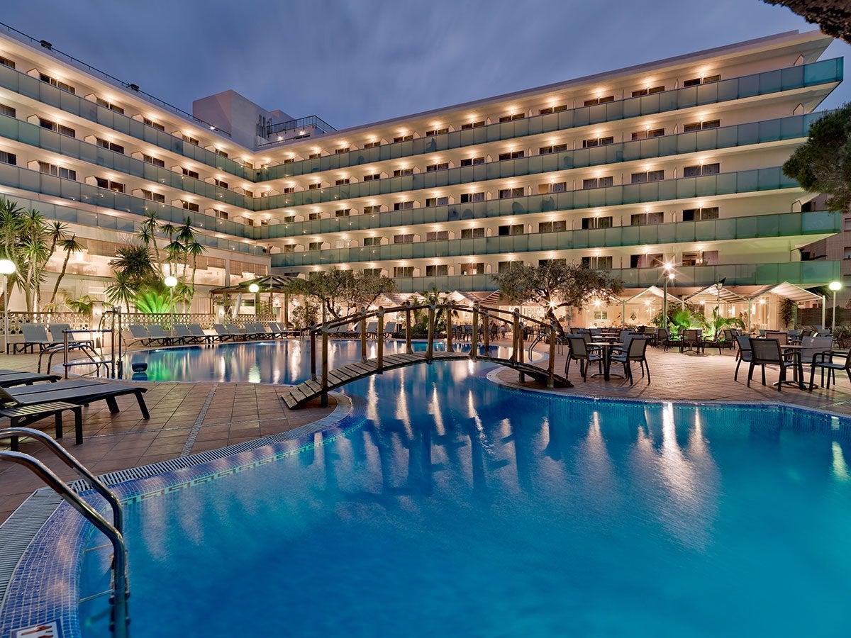 H10 delf n photos and videos h10 hotels for Hoteles en salou con piscina