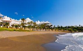 Blick auf das Hotel am Meer
