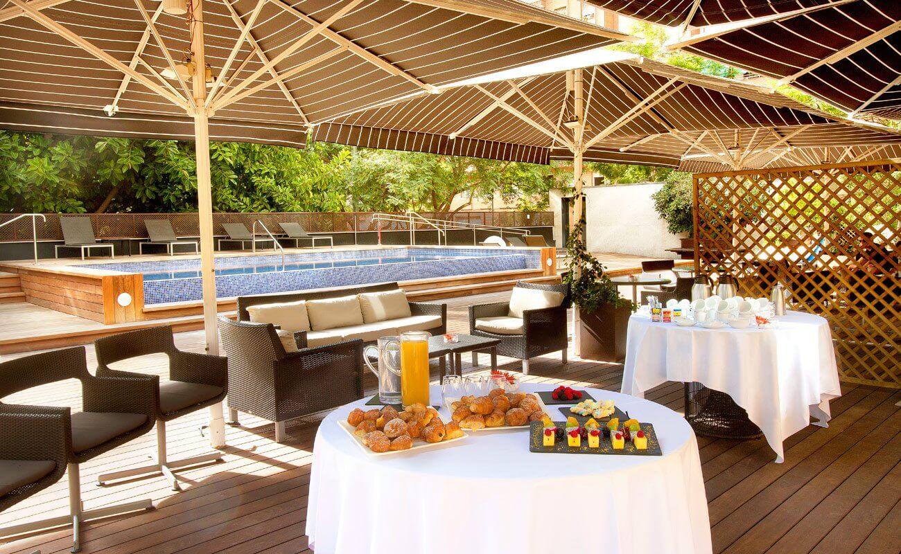 H10 itaca fotograf as y v deos h10 hotels - Hotel el jardi barcelona ...