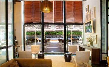 Lobby del hotel con vistas a la Terraza El Jardí