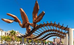 Статуя омара Gambrinus, улица Пасео-де-Колом