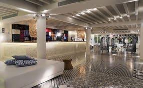 Lobby del hotel (¡renovado!)