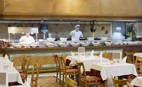 Cocina en vivo del Restaurante Janubio