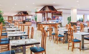 Restaurante Alisios: con buffet y cocina en vivo