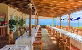 Terrace at the Alisios buffet restaurant with sea views