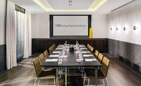 La Palmera meeting room