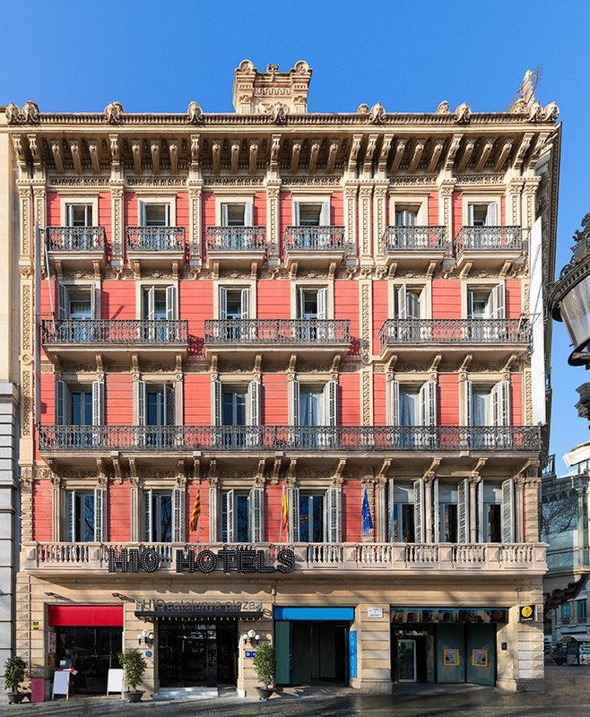 H10 catalunya plaza boutique hotel photos and videos for Hotel plaza barcelona