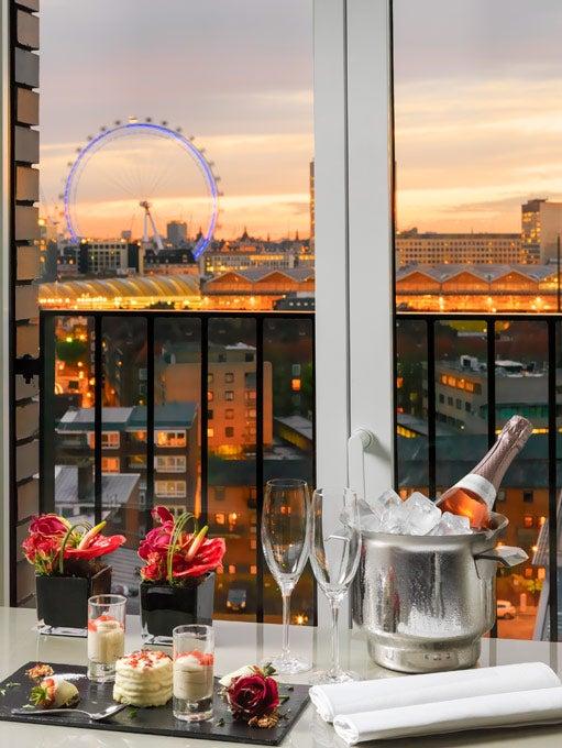 Double Room London Eye View