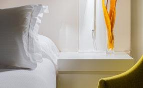 Détail tête de lit de la Chambre Double