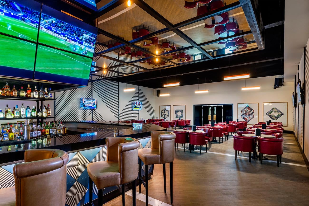 ocean riviera paradise restaurants and bars ocean by h10 hotels. Black Bedroom Furniture Sets. Home Design Ideas