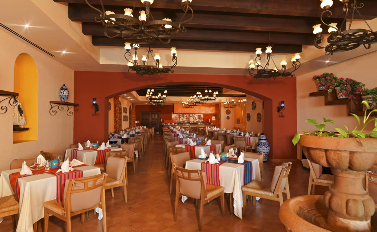 Ocean coral turquesa restaurants and bars ocean by for Decoracion para restaurantes