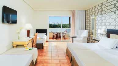 Hoteles familiares ocean by h10 hotels for Habitaciones familiares vacaciones